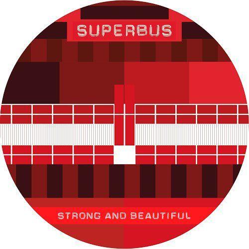 Strong And Beautiful, le groupe Superbus est de retour !