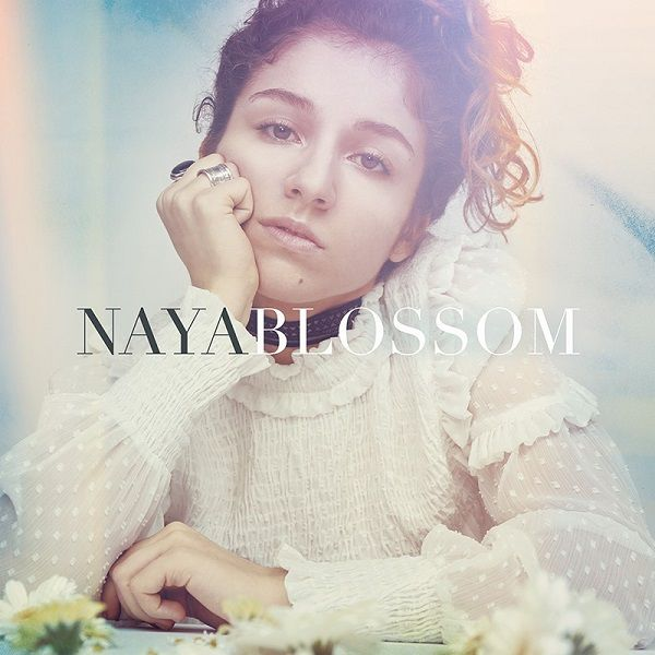 La jeune et prometteuse Naya vous en dit plus sur son premier EP et ses projets à venir !