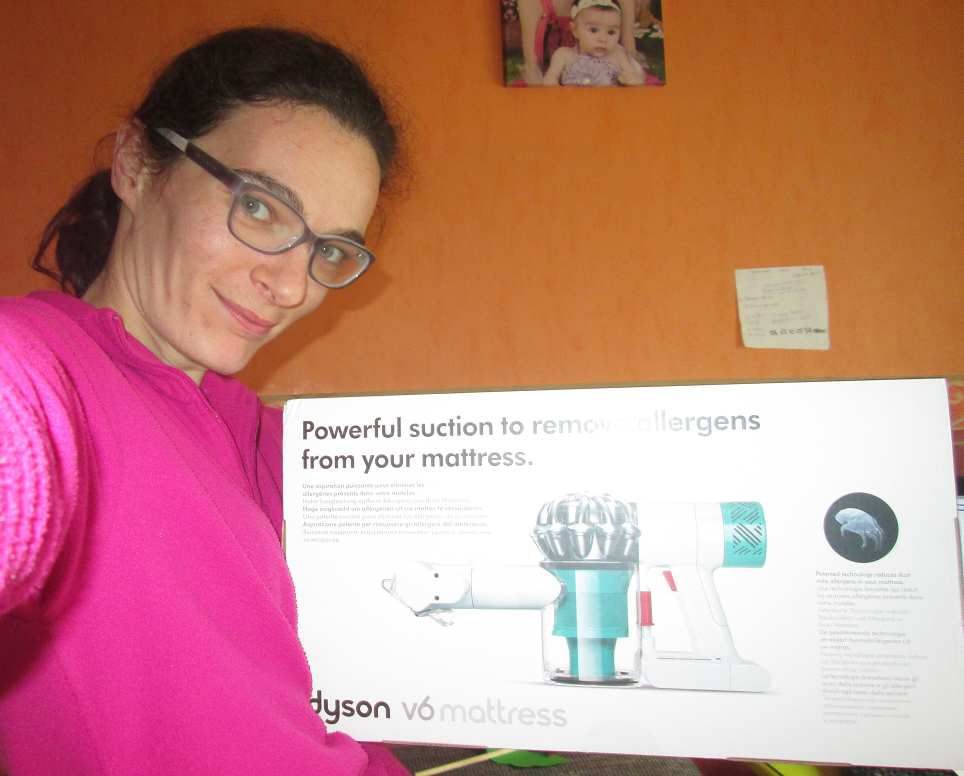 Premier test de l'aspirateur Dyson V6 Mattress