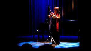 Harpist in Paris : Videos