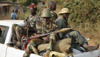 CENTRAFRIQUE: DES COMBATS EN COURS DANS LA CAPITALE
