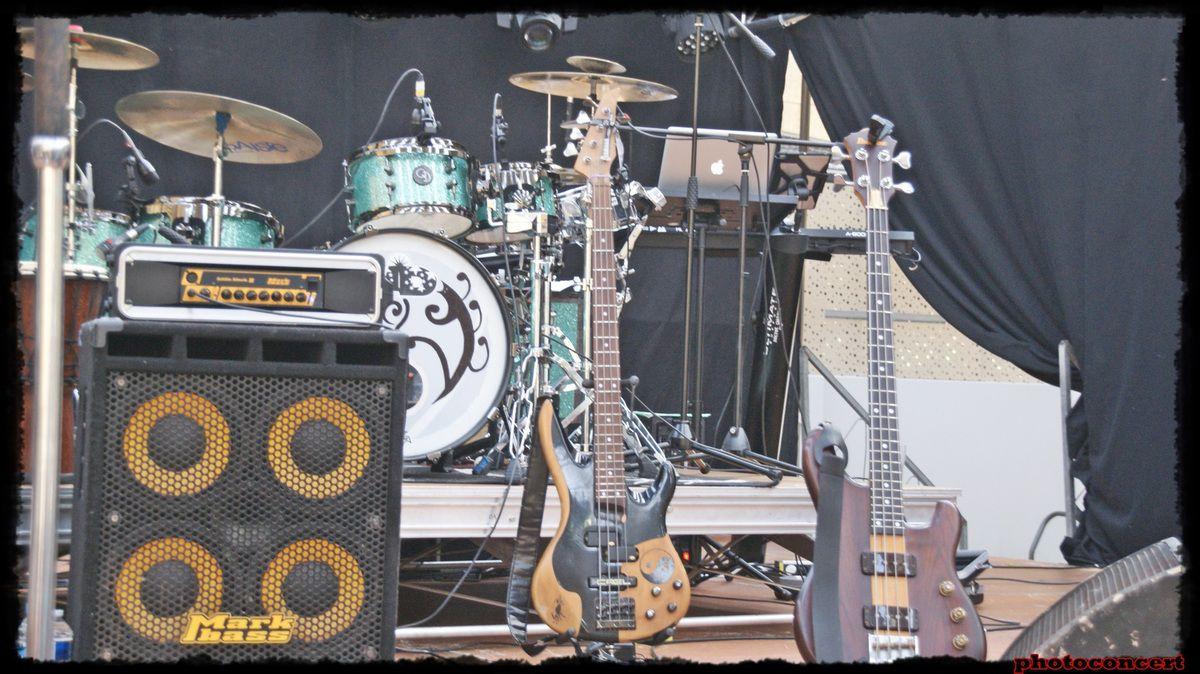 October plays U2 &amp&#x3B; Secret Garden en concert a st nicolas lez arras