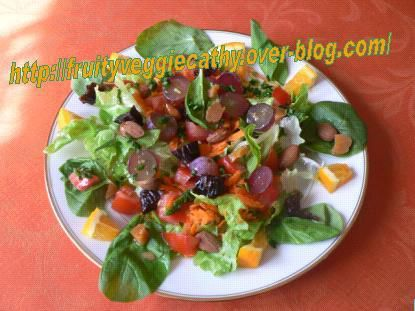 Mixed salad with pink grapes - Fruity Veggie Cathy