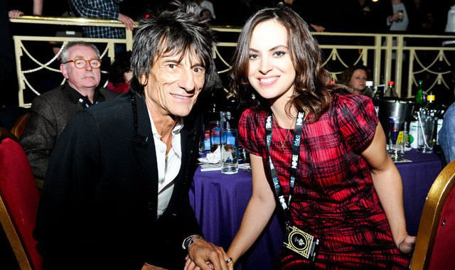 Rolling Stones' Ronnie Wood to be father to twins, age 68
