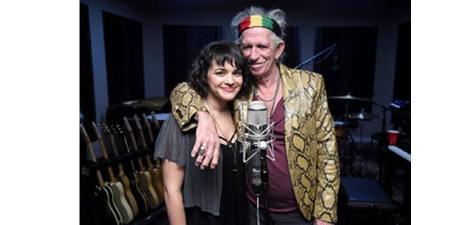 """Mr. Richards with Norah Jones, who sings on """"Crosseyed Heart,"""" in the studio. """"It has to be real, especially with Keith,"""" she says"""