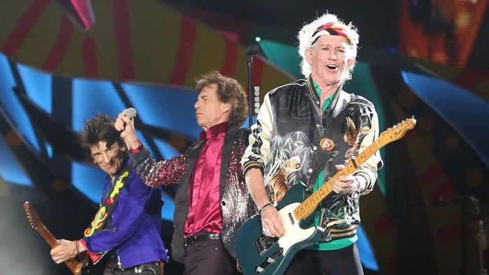 Les Rolling Stones pendant le concert à la Havane électrise son public