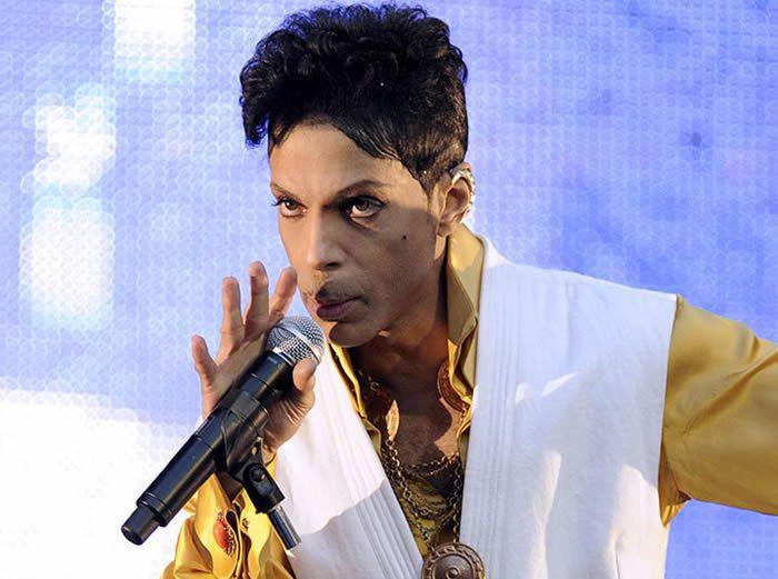 Le chanteur Prince est mort à 57 ans