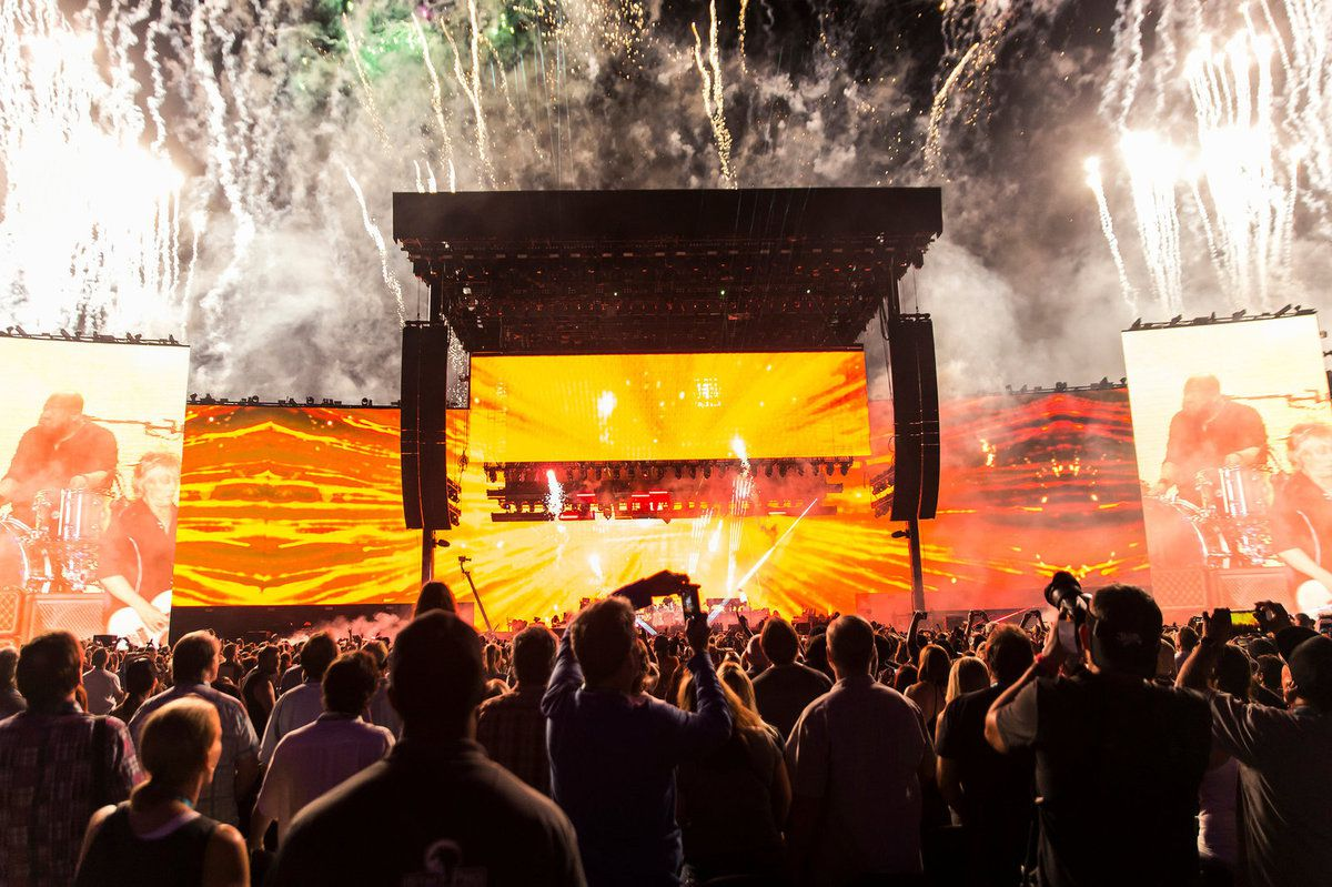 Paul McCartney's set at the Desert Trip festival in California over the weekend ended in fireworks. Credit Carlos Gonzalez for The New York Times