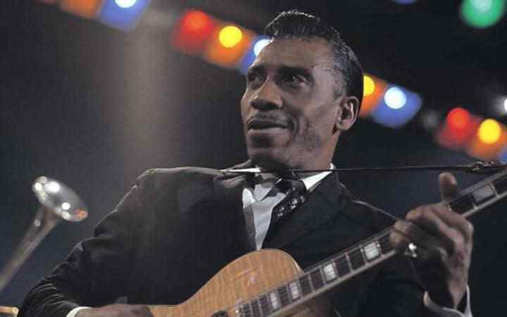 T-Bone Walker plays at Jazz At The Philharmonic in London in 1967