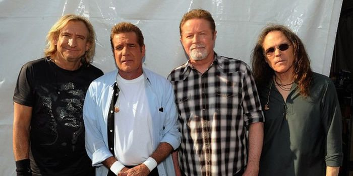 Joe Walsh, Glenn Frey, Don Henley et Timothy B. Schmit au New Orleans Jazz and Heritage Festival (2012)
