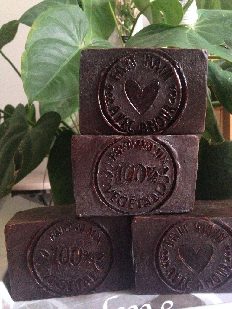 Savon &quot&#x3B; Ma gomme à cellulite &quot&#x3B; au Café et Cacao brut