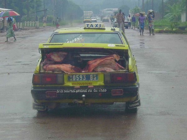 Taxi africain : transport, vie quotidienne