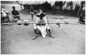 Souvenirs du CENTRAFRIQUE : musicien Gbaya