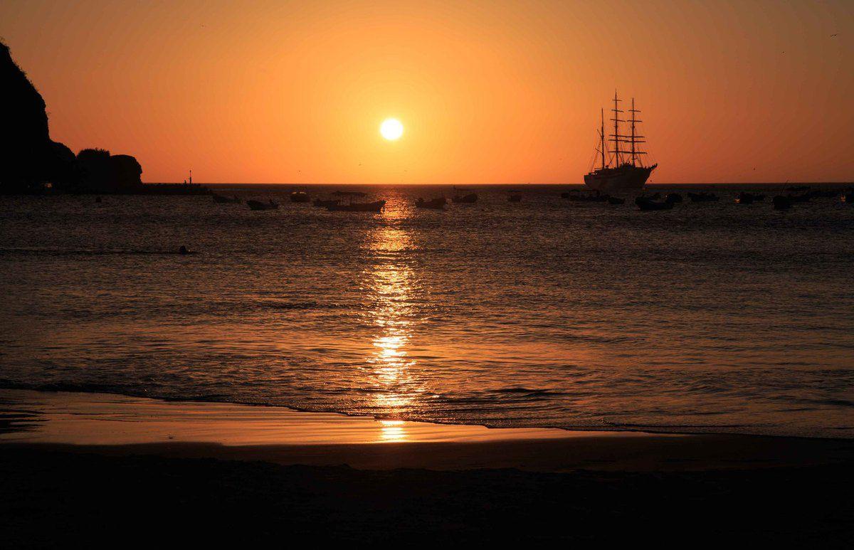 Coucher de soleil sur la plage de San Juan