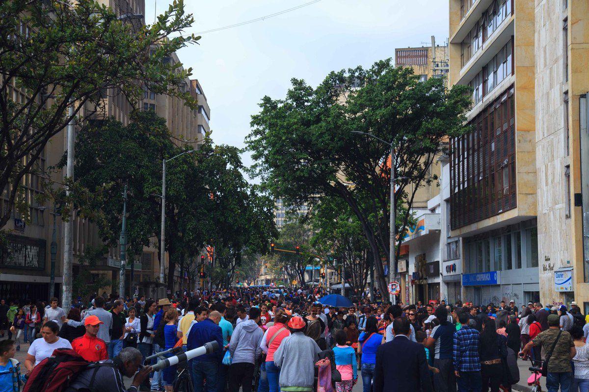 Moments de vie, un dimanche dans les rues de Bogota
