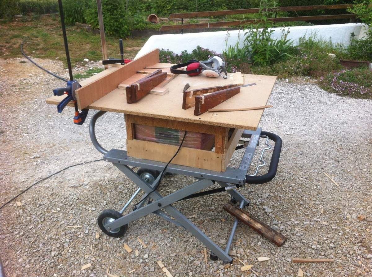 jardin parental table de sciage et chevalets touche du bois. Black Bedroom Furniture Sets. Home Design Ideas