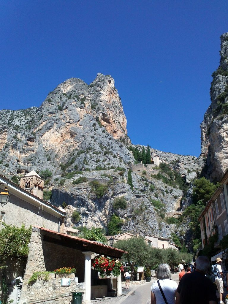 Moustiers sainte marie carnet de voyages - Office de tourisme de moustiers sainte marie ...