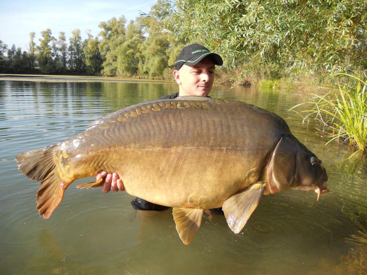 Jérémy Koechler, un chasseur de spécimen dans les lacs et rivières publics.