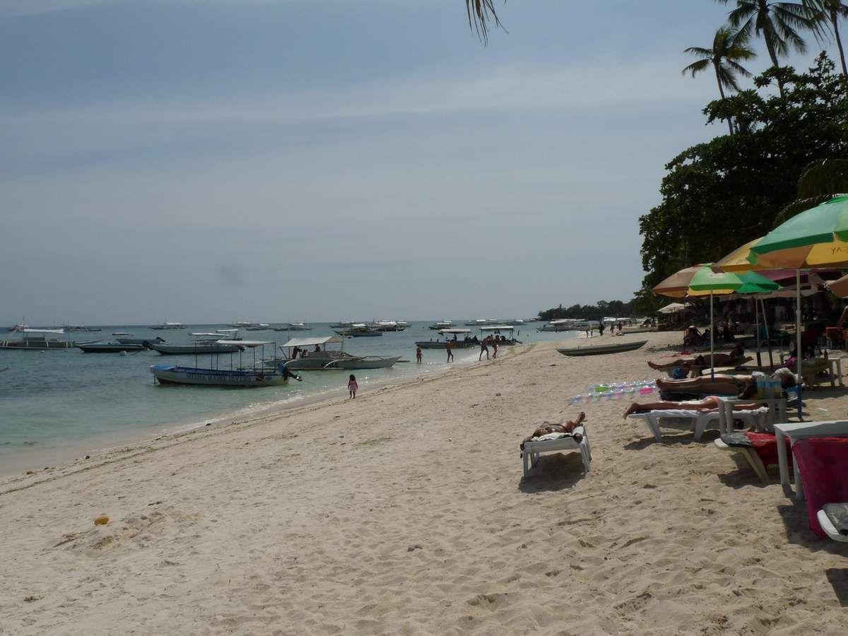 Île de Panglao, Alona beach. Comparée à Anda, il n'y a pas photo...