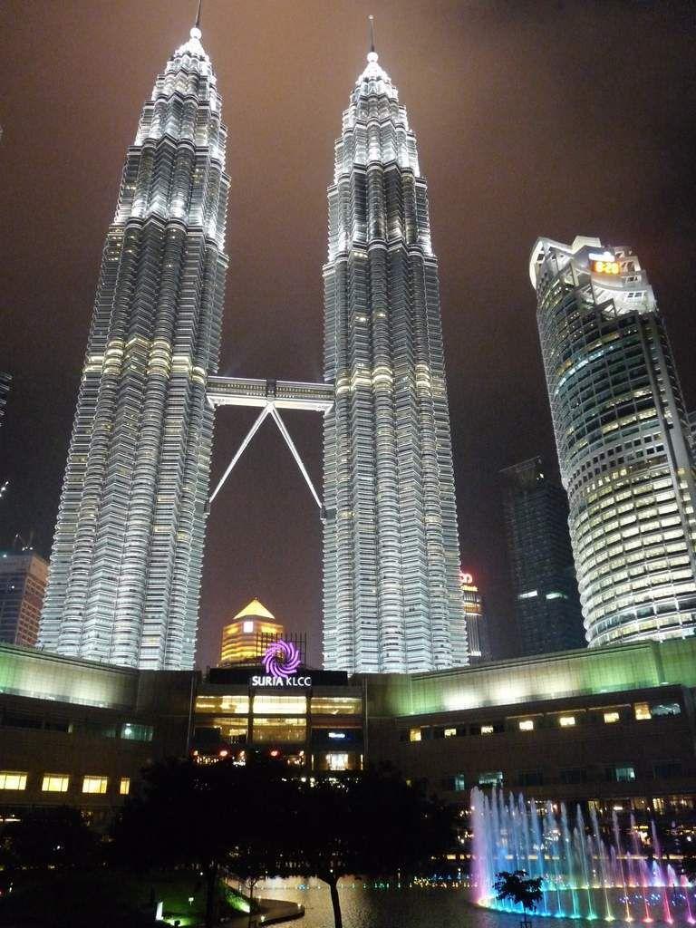 Kuala Lumpur : les tours Pétronas et leur centre commercial