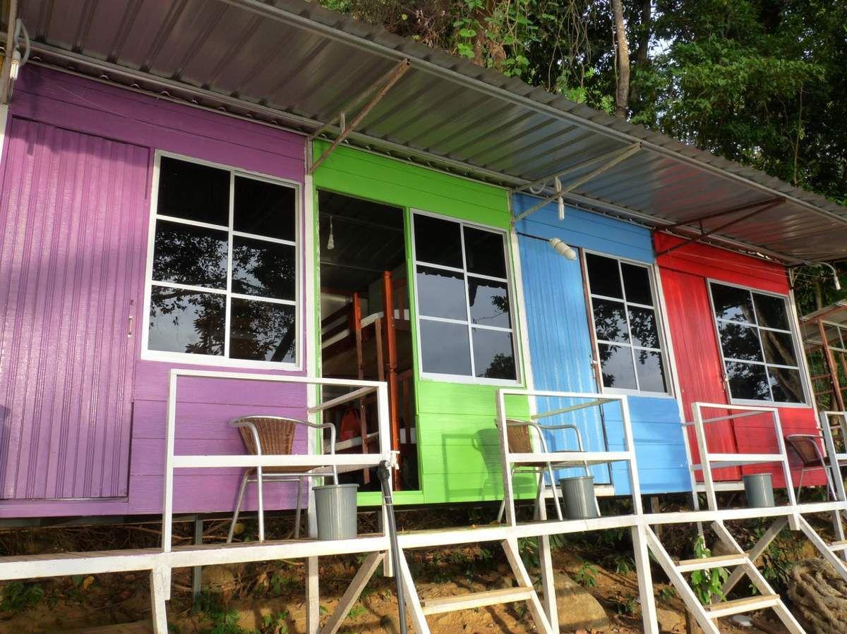 Pulau Perhentian kecil : notre arrivée et nos premiers logements (on vous fait grâce des sanitaires ;-)
