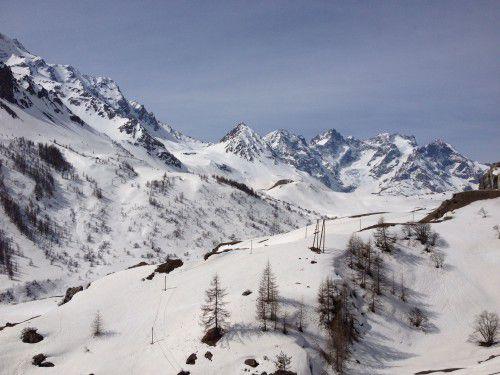 Avalanche dans le massif des Ecrins : sept morts