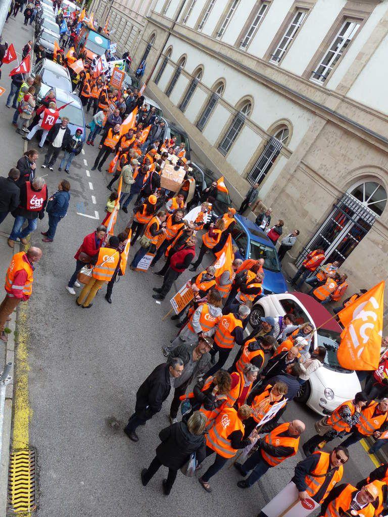 Une rue de la Préfecture bloquée 30 minutes le temps que la délégation au député soit reçue