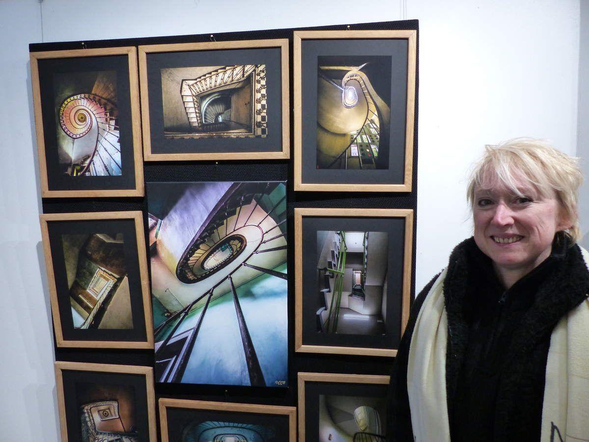 Carmen Casssan en spécialiste  des cages d'escalier