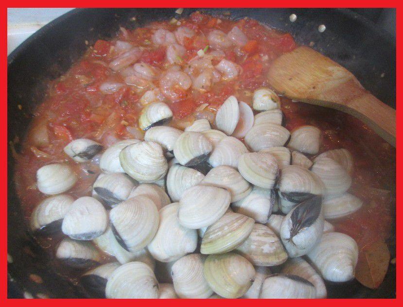 Espaguete (Spaghettis) aux Poivrons et Amêijoas (Palourdes)