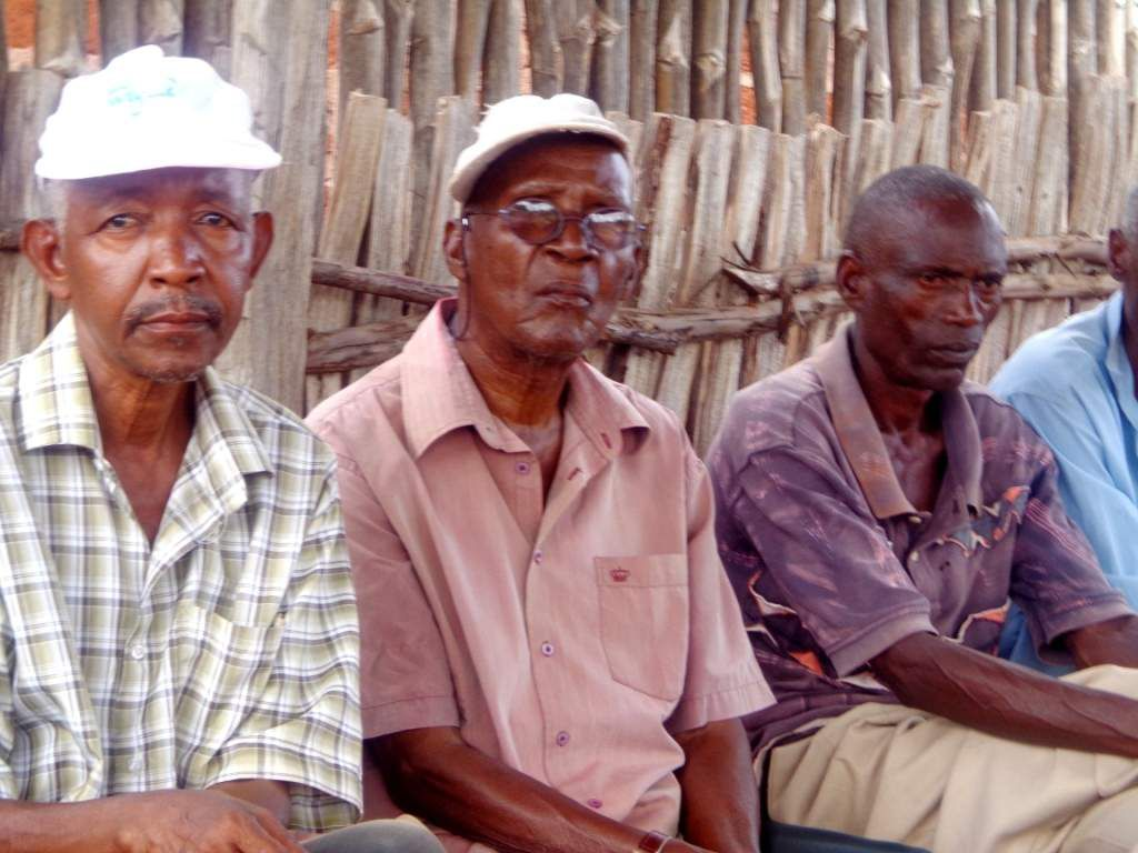 Cradle and culture:Wariangulu,the smallest Coastal tribe on the verge of extinction
