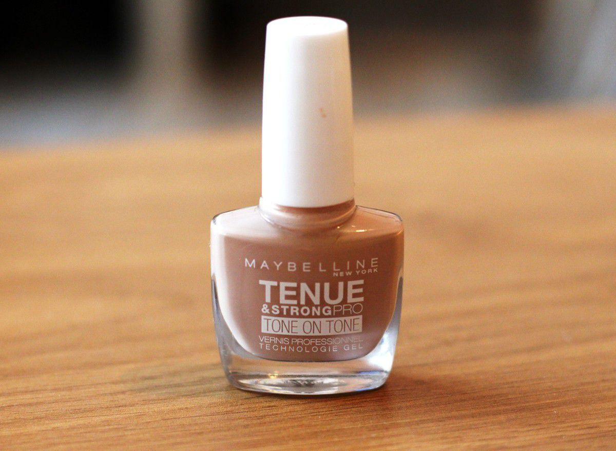 Vernis tenue & strong pro (875 second skin) - Maybelline