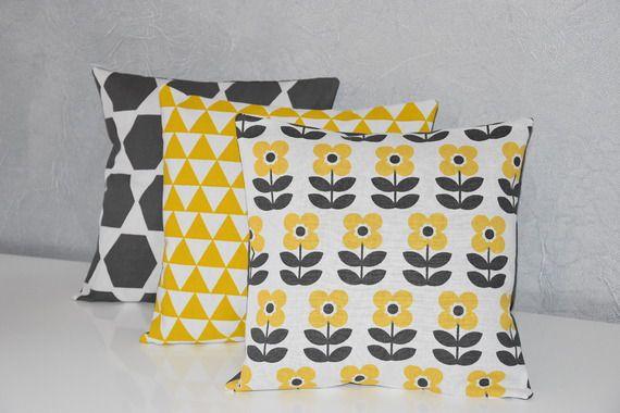 Nouveaute trio de coussins 30 x 30 cm tissu diff rents imprim s assortis - Coussin jaune et gris ...