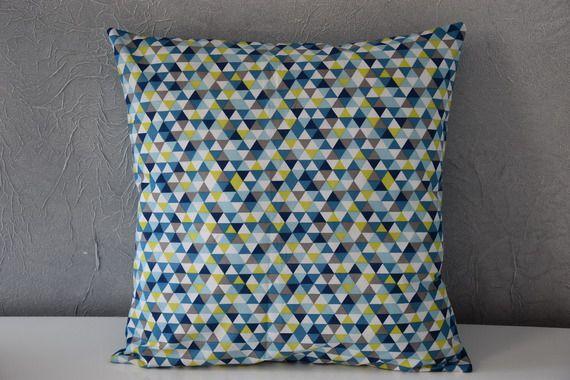 Housse de coussin 40 x 40 cm tissu motifs scandinave for Housse de coussin scandinave