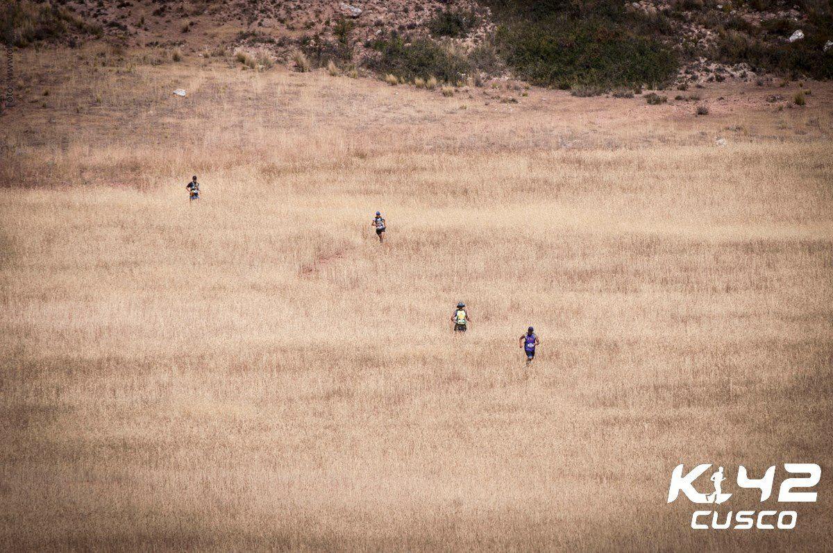 La fameuse traversée du champs.