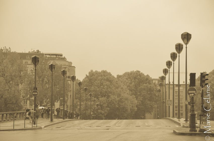 1er octobre 2017, Paris sans voiture, ou presque, Paris sous la pluie, Paris envahi par les vélos et les piétons!