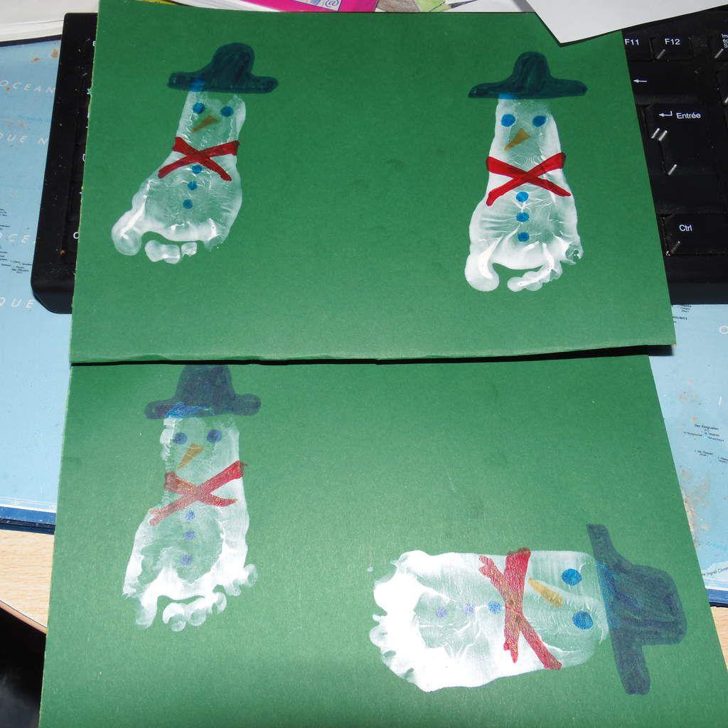 Les rennes, les sapins de l'avent, père Noël main, rennes en pied, sapin en pieds, bonhomme de neiges en pied, boule polystyrène,sapins mains, père Noël en pots de suisse, étoile...