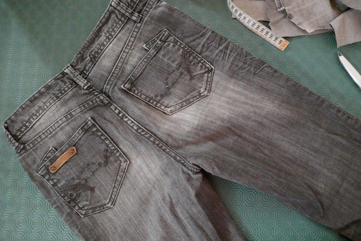 Un jeans plus sombre pour les côtés