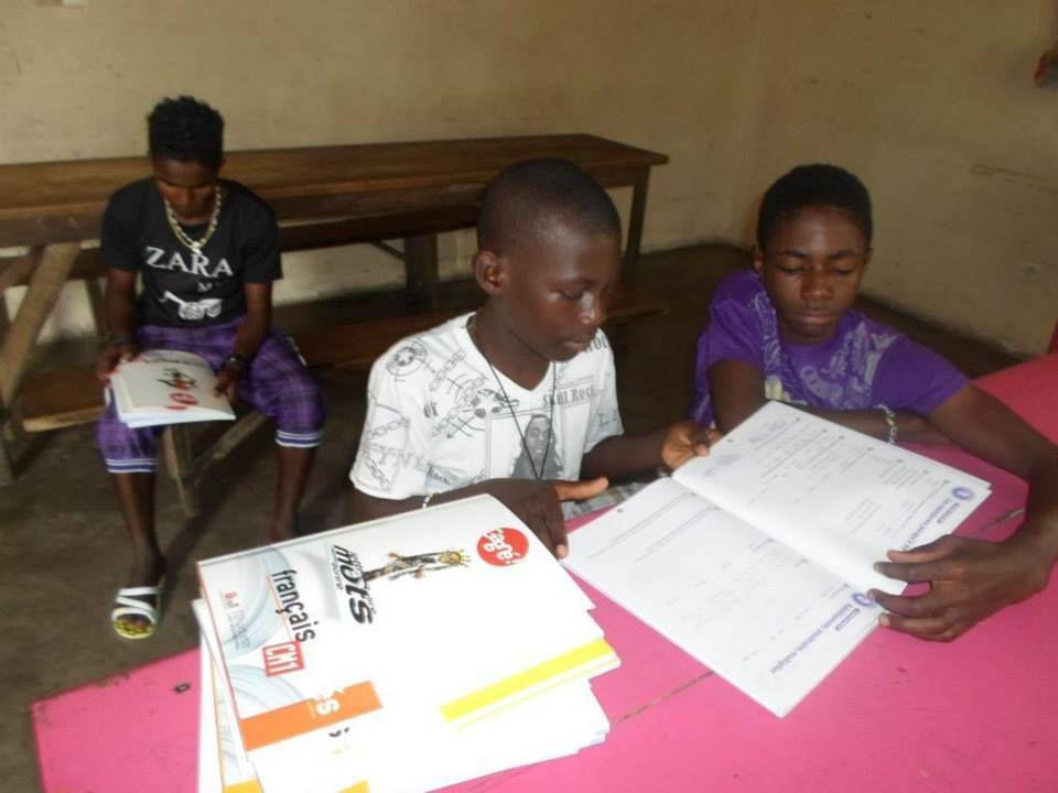 Rentrée scolaire 2014/15 Douala/Cameroun