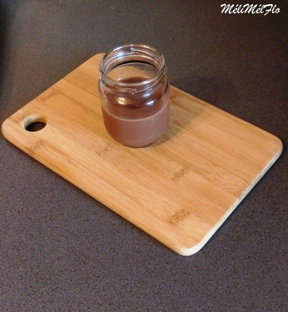 Crème au chocolat pour 6 pots remplis au 3/4