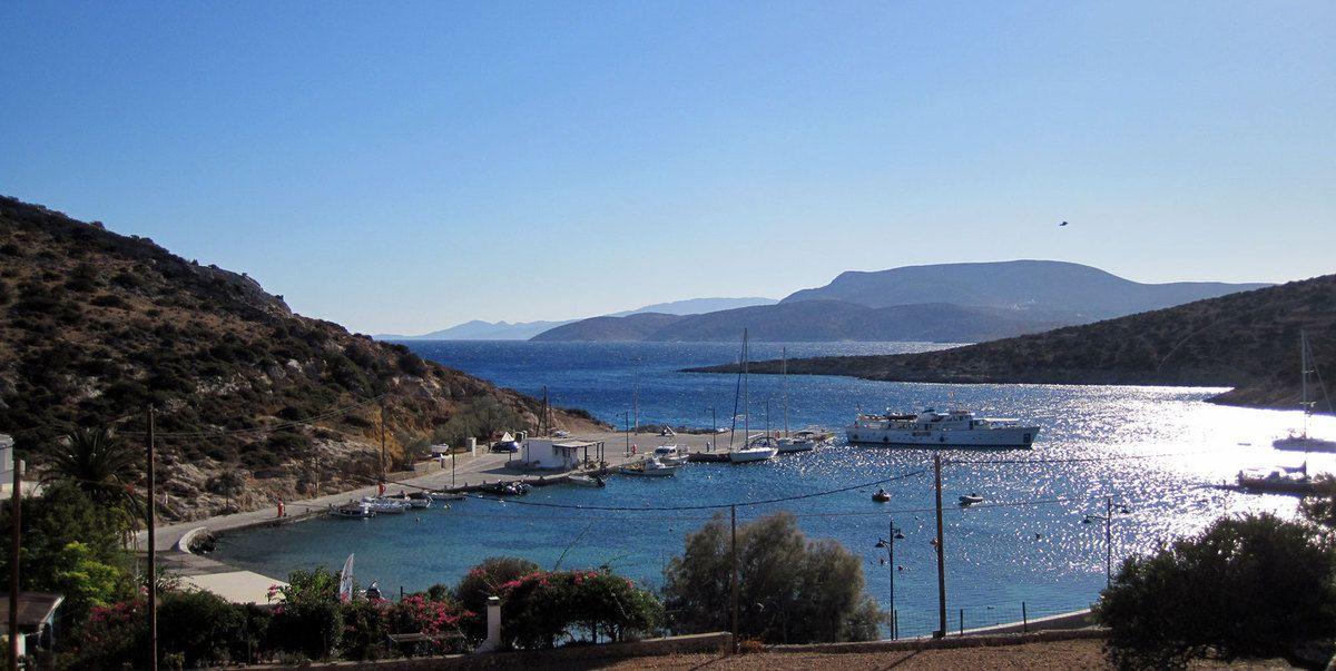 Le petit port de Mirsini