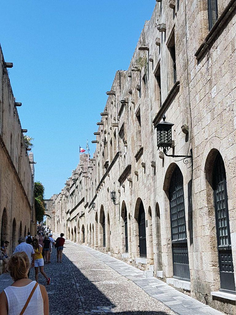 La rue des chevaliers.