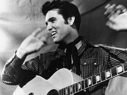 La mort d'Elvis Presley et  Elvis est mort sur ses toilettes