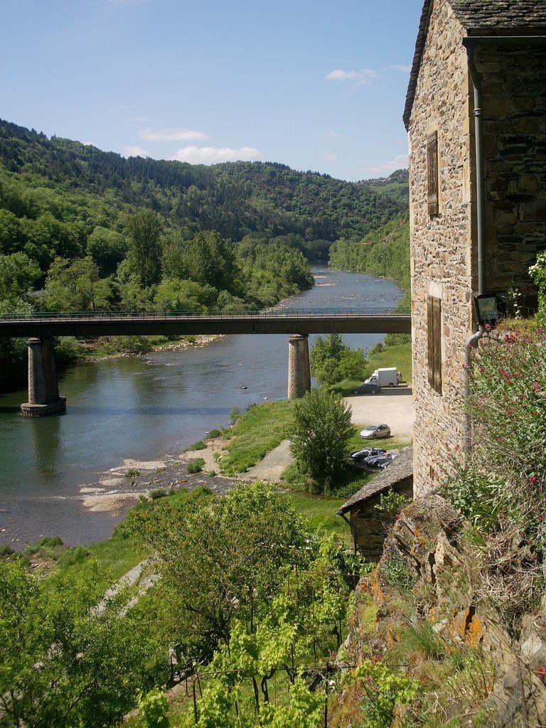 L' Alrance à Brousse-Le-Château, département de L' Aveyron.