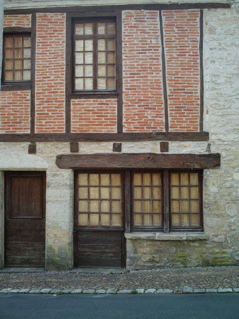 Les portes anciennes de Martel