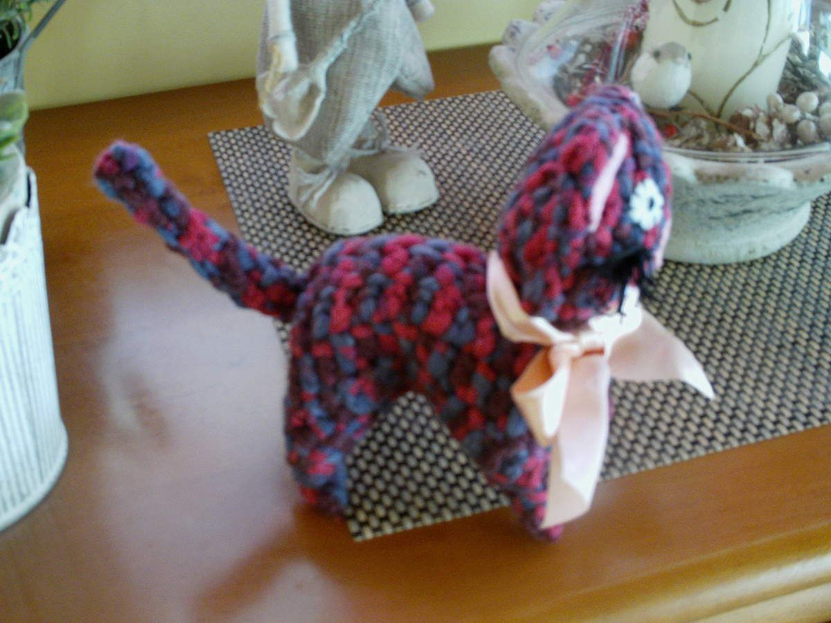 Petit chat au crochet.