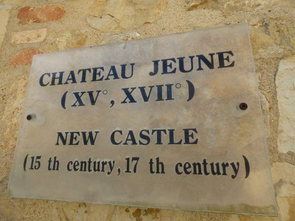 Le Castel Djoubé de Bruniquel.