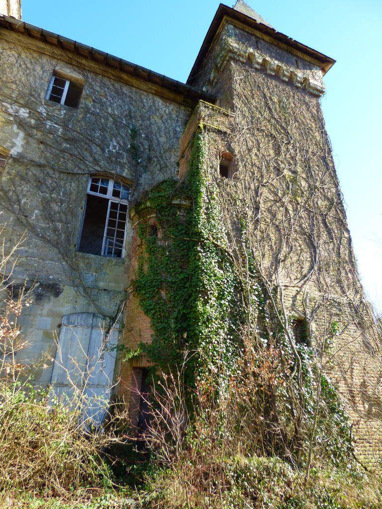Exploration du parc du château de Lézignac.