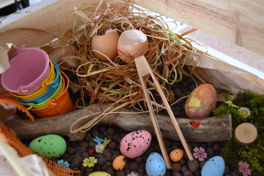 Bac sensoriel de Pâques