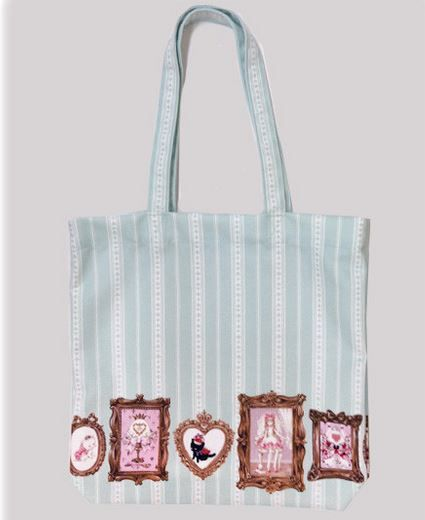 http://www.bssbnyc.com/products/b39bg836-baby-the-stars-shine-bright-alices-portrait-tote-bag