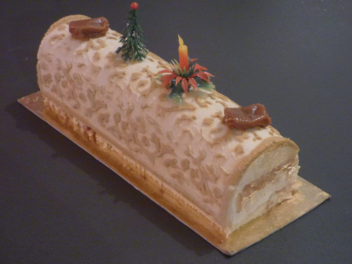 Buche Caramel Beurre Sale Vanille Insert Caramel A Table Chez Emilie